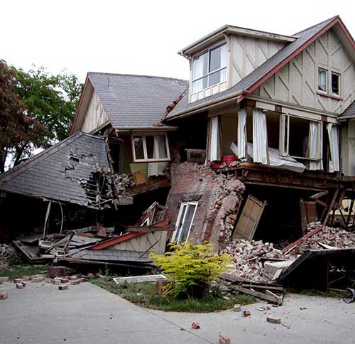 Image showing earthquake damage to structure and plumbing in wellington