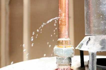 Emergency-plumbers-wellington-burst-pipe-polybutylene-dux-qest-quest-leak