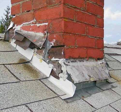 Roof leak specialist Wellington - cracked flashings