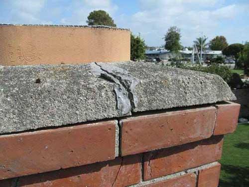 Roof Wellington - Cracked chimney